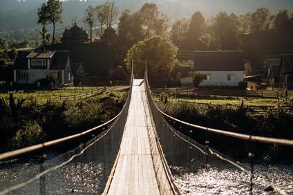 мост до струківської церкви